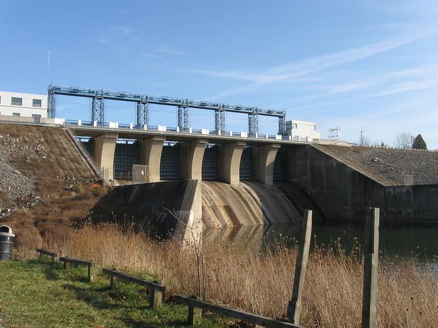 London Dam