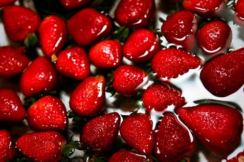フリー画像| 食べ物| 果物/フルーツ| 苺/イチゴ| 赤色/レッド|       フリー素材|