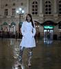 Paris by night (mallorcarain) Tags: fetish nice boots vinyl streetshots raincoat pvc bottes fakes stiefel raincape regenmantel ciré lackmantel imperméables