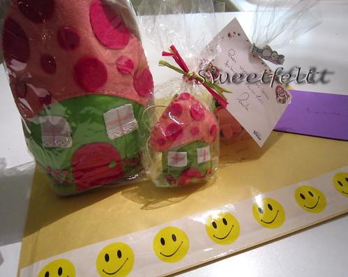 ♥♥♥  Foi... para os braços da Migalhinha!!! by sweetfelt \ ideias em feltro