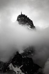 Aiguille du Midi,3840m / Mt Blanc (Yanis Ourabah) Tags: france montagne nikon myfav midi chamonix mont blanc cham verte haute alpinisme aiguille yanis drus jorasses slidr courtes droites ourabah yanisourabah yanisnow yanisphotographywordpress httpyanisphotographywordpresscom yanisourabahcom
