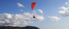 Greece  -  Crete  -  Phalasarna  -  Paragliding (AlainBadoual) Tags: vent highresolution europe wind sony cybershot greece crete highdefinition hd paragliding grce dsc parapente 5photosaday phalasarna t900 worldtrekker cybershotdsct900 dsct900 travelsofhomerodyssey