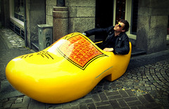 (SimonMadsen) Tags: amsterdam yellow canon riding clog ridin 40d flickawardr