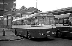 Chiltern Queens (Fray Bentos) Tags: bus parkroyal singledecker aecreliance aldershotdistrict chilternqueen 474fcg