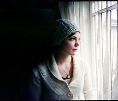a tree of white (lolitanie) Tags: seattle portrait usa film 35mm us washington jamie kodak fremont wa 135 jas vivitar 400nc lolitanie jmluneau ultrawideandslim hlyw jamiehlyw