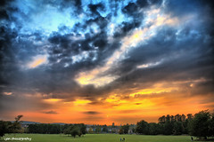 Sunset over Oxford (lyon photography) Tags: uk sunset sun history clouds moody view spires southpark oxford historical oxfordshire peregrino27newvision