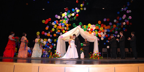 Wedding Kiss Balloon Drop by Zeusandhera