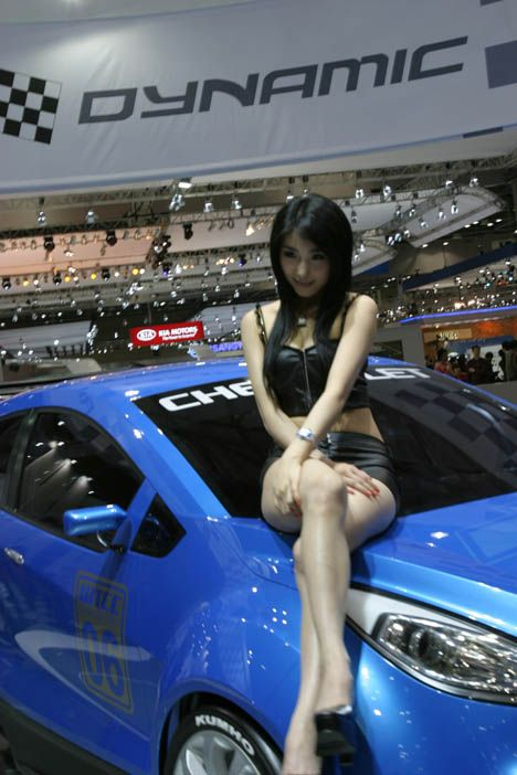 korea-show-girl-13