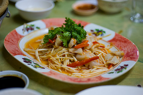 A salad of pig stomach and bean sprouts at Piang Kee, a Hakka restaurant in Bangkok's Chinatown