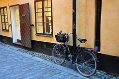 Sweden_0786 (archer10 (Dennis) 99M Views) Tags: street old city trip travel set nikon europe tour sweden stockholm free scene tourist dennis jarvis northern 2009 sites globus d300 northerneurope iamcanadian 18200vr worldtravels dennisjarvis archer10 dennisgjarvis
