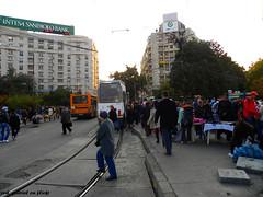 Crowd taking the tram in Bucharest (cod_gabriel) Tags: romano rumano rumanos romenos rumnen