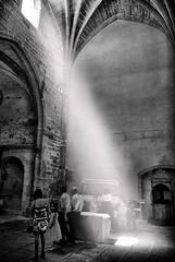LUZ DIVINA (joxe@n) Tags: travel wedding party bw españa luz spain iglesia famili dios albacete cortes alcaraz aybalaostia joxen qtypcs