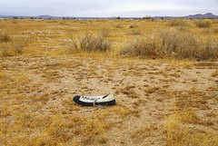 A Lonely Sole (ron.photographer) Tags: shoe desert highdesert converse tennisshoe californiacity kerncounty thingsyouseeinthedesert