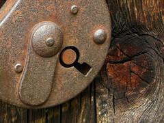 LOCK.. (enniovanzan) Tags: key lock antico serratura chiave