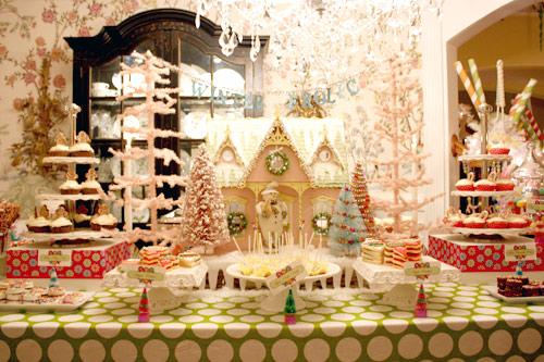 casita navideña de galleta y otros dulces