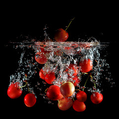 Strobist Cherries (Any.colour.you.like) Tags: fruits fruit nikon flash nikkor frutta f4 luce manfrotto ciliegie 24120vr d90 splah strobist nikond90 lampeggiatore