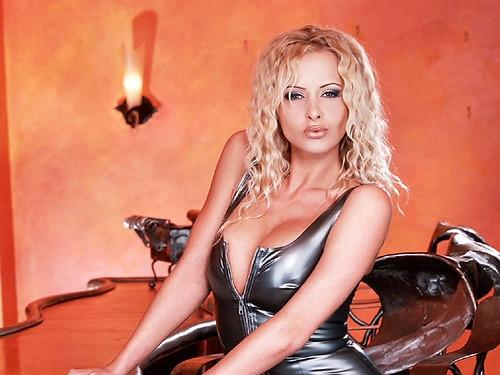 Zdenka Podkapová