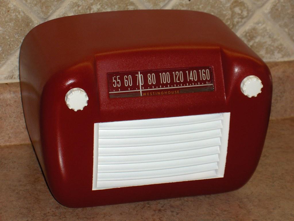 Westinghouse 578 Painted Tube Radio