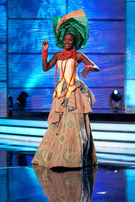 Traje Típico de Miss Nigeria