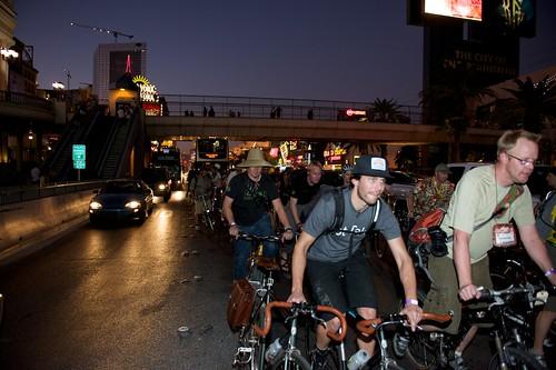 Bike Hugger Mobile Social Interbike 2009