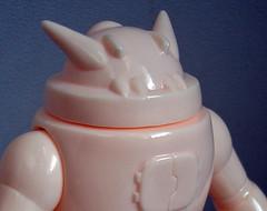 """""""Sjoen"""" Mode aka Angry Face Gimmick (toyboxdx) Tags: gargamel japanesetoy sofubi toyboxdx nekosaur alenyen nekobot incubot"""