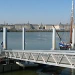 Bordeaux: Place de la Bourse et les quais, vus de la rive droite