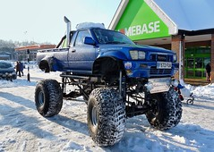 Toyota Hilux V8 truck ( Andrew) Tags: auto car monster pickup voiture coche carro