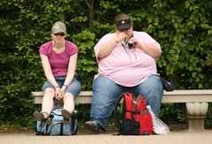 Friends (Peter Denton) Tags: camera girls friends catchycolors skinny women candid large backpacks resting thin obesity obese littleandlarge backpackers shapesandsizes canoneos400d peterdenton