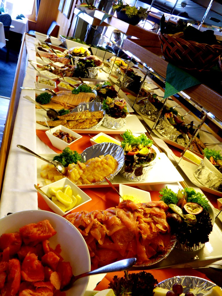 norway hurtigruten lunch buffet