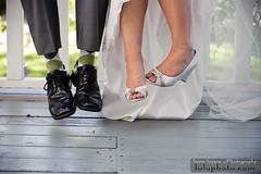 (lulu.photo) Tags: wedding feet nikon shoes luluphoto nikkor70200mm d700