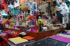 en el mercado de coyoacan (AndyStar07) Tags: foto diademuertos uamx