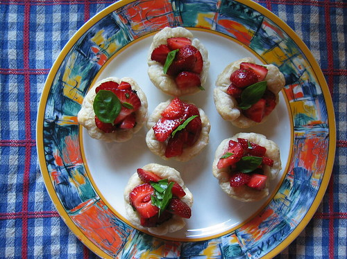 strawberry basil tarts