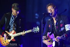 Coldplay (TVN) Tags: ca music usa us concert coldplay livemusic mountainview chrismartin jambase shorelineamphitheater willchampion guyberryman jonnybuckland tvannunnery wwwtvannunnerycom vivalavidaordeathandallhisfriends