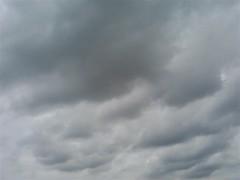 【写真】不穏な雲