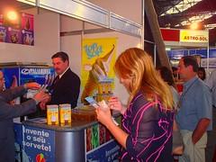 Equipotel 2005 090[1] (Maquina de sorvete Italianinha) Tags: de milk soft shake expresso negocios sundae sorvete maquinas feiras casquinha vendas cascao equipotel fispal sorvetes empreendedor italianinha maquinadesorvete maquinasdesorvetesexpresso italiainha httpwwwmaquinasorveteitalianinhacombr wwwitalianinhacombr wwwitalianinhaindbr
