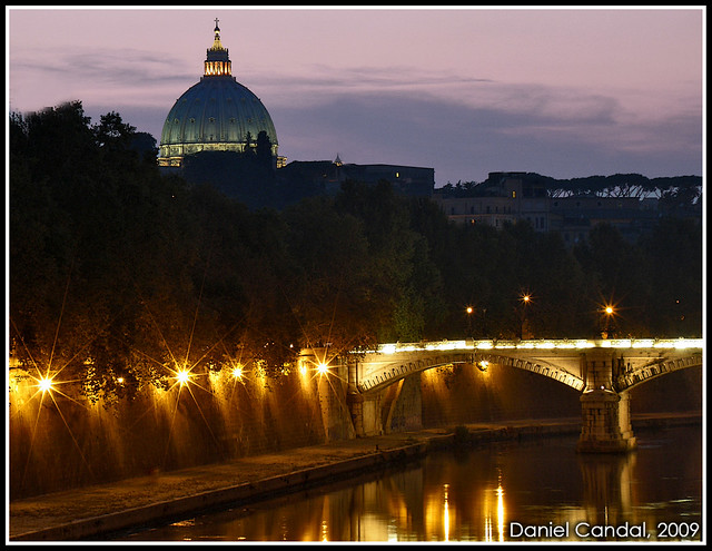 Night at the Tiber