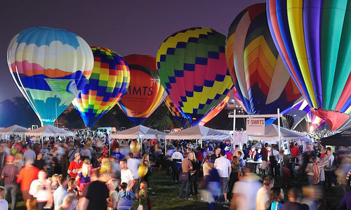 Great Forest Park Balloon Race, at Central Field in Forest Park, Saint Louis, Missouri, USA - Balloon Glow 3