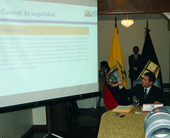 El Procurador General del Estado, Dr. Diego García Carrión, informó de manera didáctica, mediante el uso de cuadros informáticos, sobre los análisis realizados por la Procuraduría a los contratos de las empresas vinculadas con el Ing. Fabricio Correa con el Estado ecuatoriano '