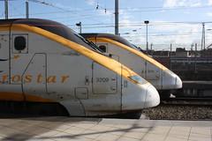 Eurostar (Treflyn) Tags: brussels station speed train high gare eurostar bruxelles du midi sets 3214 3209