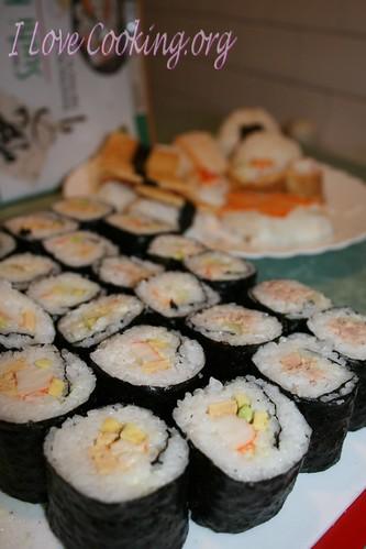 Sushi secondo round: California maki, tamago sushi, maki al tonno