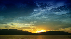Sunset, Dungaree Beach (Gilbert Rondilla) Tags: camera sunset sea sky color beach nature horizontal clouds point polaroid photography photo shoot philippines wicked gilbert filipino subic digicam notmycamera own pinoy borrowedcamera pns dungareebeach rondilla i733 notmyowncamera polaroidi733 gilbertrondilla gilbertrondillaphotography luisianian polaroid7mpdigitalcamera sibsphoenix