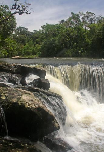 bocaina brazil forest MG river rocks sky trees vegetation travel