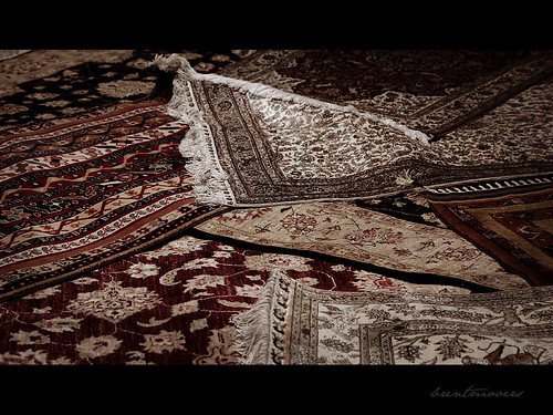 Rug Shopping and the 20,000 Mark