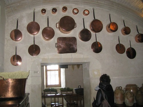Chenonceau kitchen