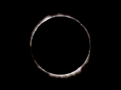 Total Solar Eclipse - Bailey's beads