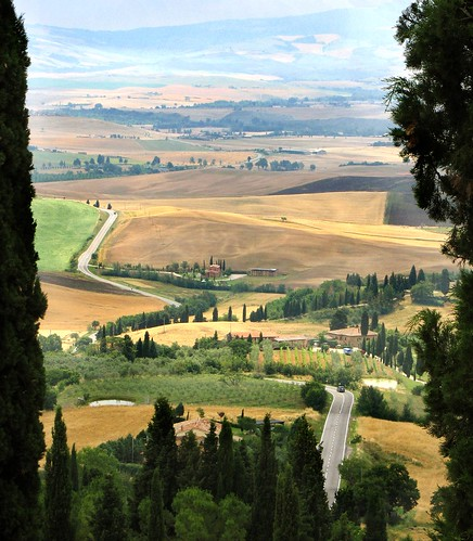 hidden tuscany - #1 the road to pienza