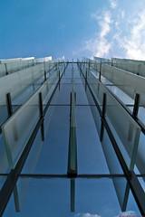 Passerelle Vers Les Cieux (Vincent CHERVIER) Tags: architecture pentax explore 92 ladfense aficionados cs3 sigma1770 lr2 k20d justpentax favemoifrance vincentchervierphotographies