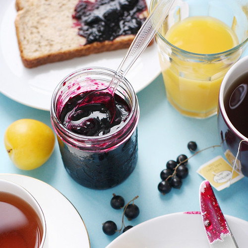 Black Currant Jam in Five Minutes