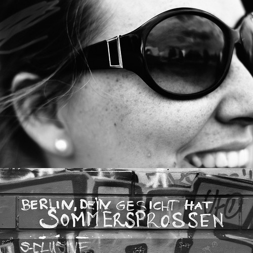 Berlin, your face has freckles. - Mine too!