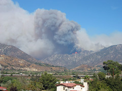 Station Fire 8-29-09 (queen-of-the-mountain) Tags: california sky fire losangeles smoke flames hills socal southerncalifornia firefighting brushfire wildfire angelesnationalforest tujunga sunland lacanadaflintridge lacanada 210freeway californiafire shadowhills lacrescenta californiawildfire sunlandtujunga stationfire
